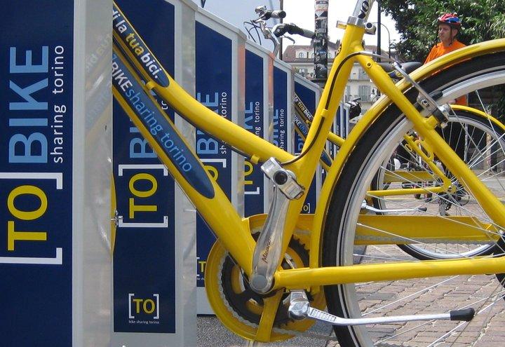 La città più eco mobile d'Italia è Torino e cresce il car sharing