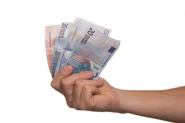 Italiani disposti a spendere di più per prodotti sostenibili: una ricerca Findomestic