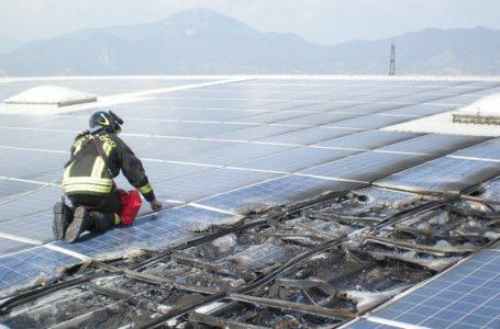 Pannelli solari antincendio grazie a nuovi connettori intelligenti