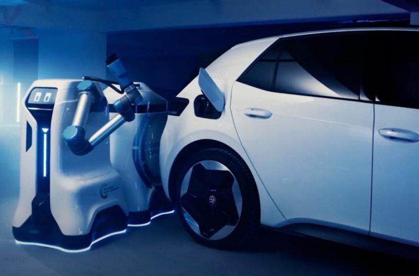 Ricarica auto elettriche: ecco il robot di Volkswagen