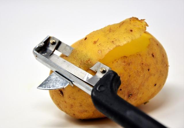 Biomateriali: l'economia circolare avanza ancora con pannelli da bucce di patata