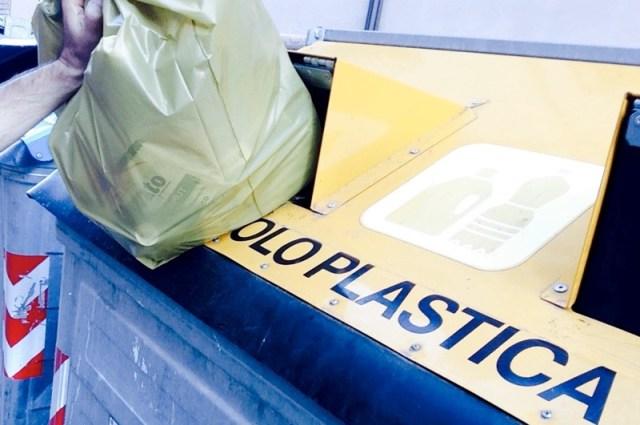 Rifiuti, per mitigare la crisi della plastica non è più possibile ignorare il plasmix