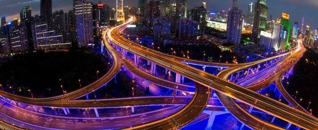 Mobilità elettrica ed ibrida: 2030 anno di consacrazione definitiva
