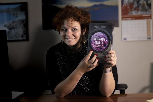 """""""CHERNOBYL ITALIA"""": presentazione del libro di Stefania Divertito in diretta il 18 maggio"""