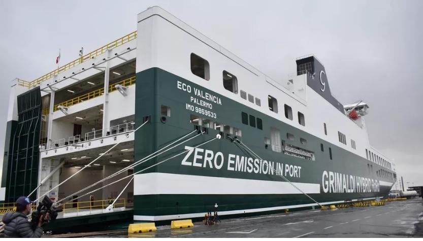 Inquinamento portuale: ecco la nave ibrida Eco Valencia del Gruppo Grimaldi