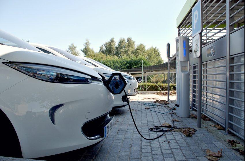 Auto elettriche: parità di costi con le benzina entro il 2024