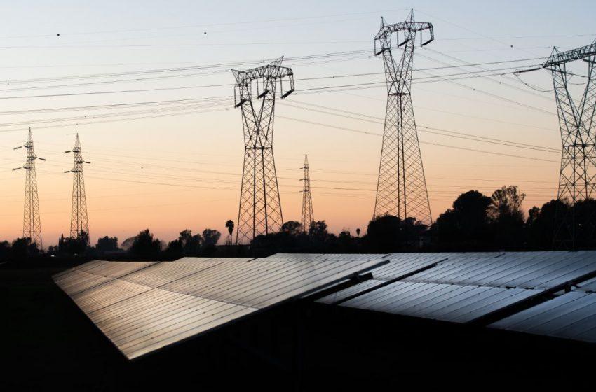 Bollette ed energia: siamo a un bivio. Fossili o Rinnovabili?