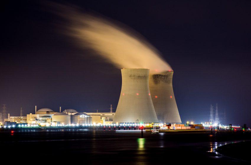 Paesaggisti nucleari: cosa c'è dietro ai recenti attacchi alle energie rinnovabili?